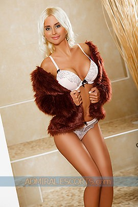 london petite escorts