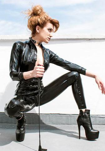 Dee at Saucy London. BDSM