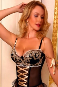 Katya - mature escort