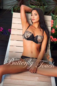 brunette escort in Kensington Monica