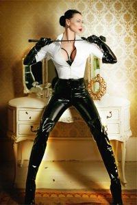 Mistress Evlyn