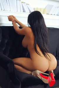 exotic cheap london escort laura
