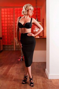 Black pencil skirt and bra