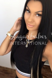 KENDAL - YOUNG AND BUSTY ITALIAN WITH SMOULDERING LOOKS AND PERSONALITY