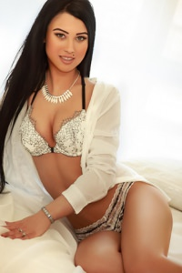 Kylie Dating London Escorts