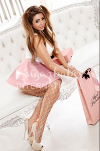 BRIANNA - NATURALLY BUSTY & PETITE GORGEOUS CHEERFUL ESCORT