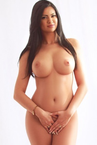 Aaralyn Dating London Escorts