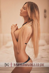 Beatrice, blonde Earls Court escort