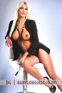 Sexy Italian escort