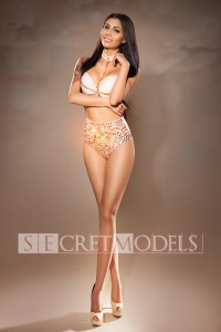 Reina Secret Models
