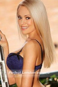Hot Blonde Tia