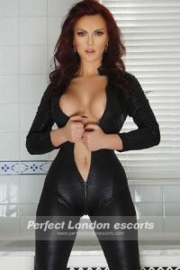 Hot Brunette Miriam