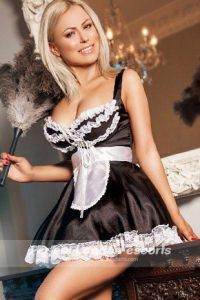 Hot Blonde Leanne