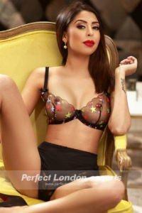 Hot Babe Carmelita