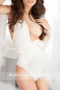 Hot Babe Shenia