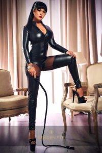 Mistress Devona4