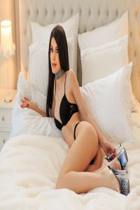 https://londonescortsimperial.co.uk/girls/niki-1374