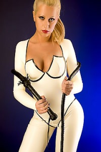 Dominatrix Escort Eve
